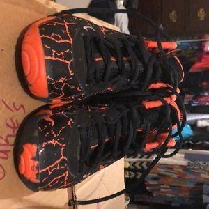 d38f0a12a201b ... sale nike shoes foamposite magma dc3ee 16bd5